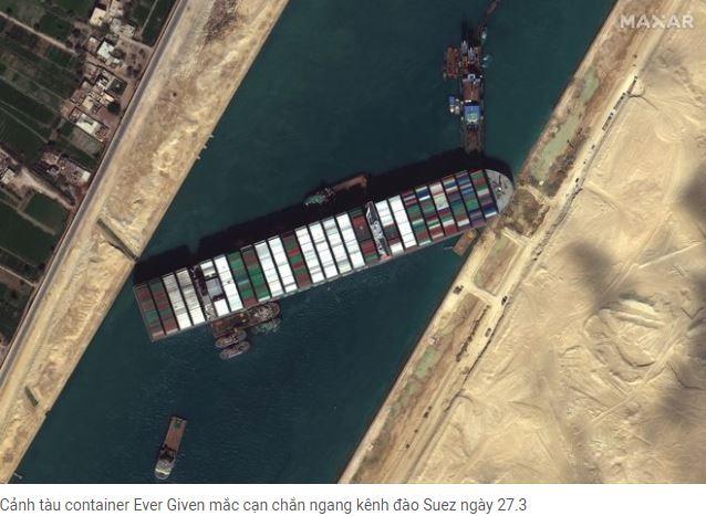 kẹt tàu ở kênh đào suez
